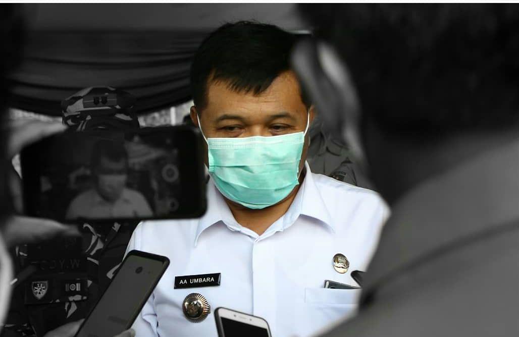 Bupati Bandung Barat Aa Umbara terkait dengan dugaan korupsi bantuan covid-19.
