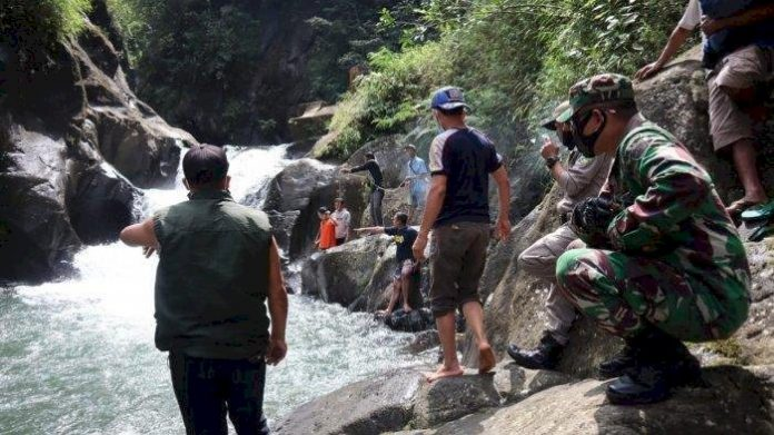 2 Wisatawan Asal Bandung Tewas Tenggelam di Curug Rahong Garut