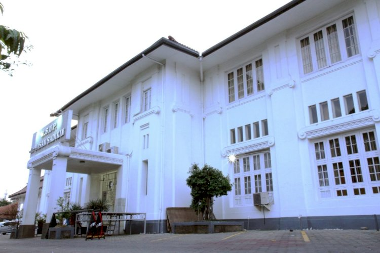 Rumah Sakit Hasan Sadikin (RSHS) Bandung