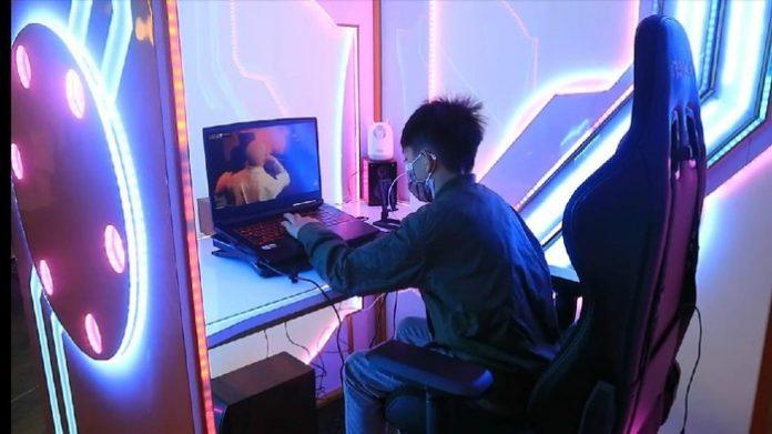 Warga Bandung kini bisa WFH dan belajar online ala gamers (Foto: Istimewa)
